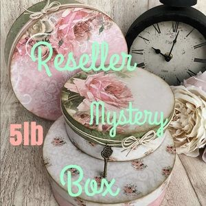 💌🎁RESELLERS MYSTERY BOX🛍